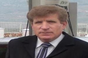 رسالة اعتذار ٍ إلى نائبٍ شرعيْ/ بقلم : الإعلامي والأديب مكي هلال